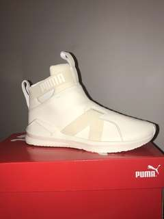 PUMA | FIERCE LEATHER STRAP SNEAKERS [whisper white]