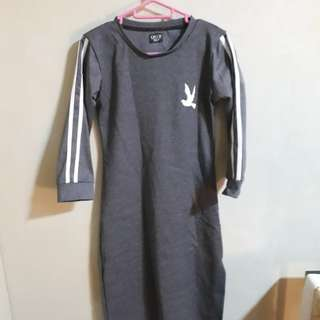 Dress (sweatshirt material)