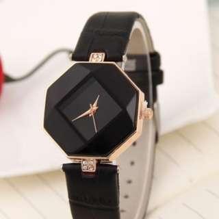 Quartz Diamond Wrist Watch