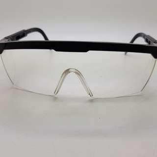 Kacamata pengaman bor memaku safety glass