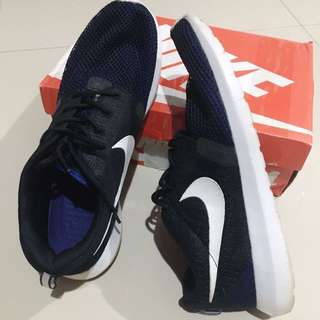 NIKE Authentic (Sneakers)