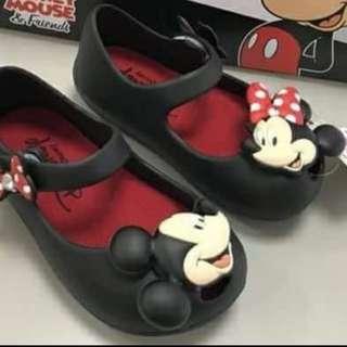 女童防水鞋