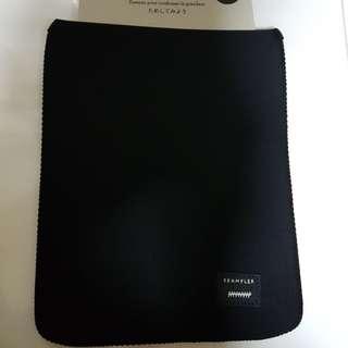 Crumpler iPad2 ( THE FUG) Black