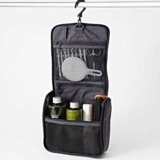 MUJI NYLON HANGING TRAVEL CASE NAVY