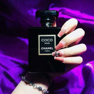香奈兒黑色COCO香水