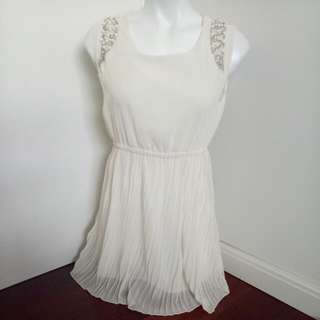 Ivory Mesh With Beading Shoulder Pleated Short Wedding / Formal Dress