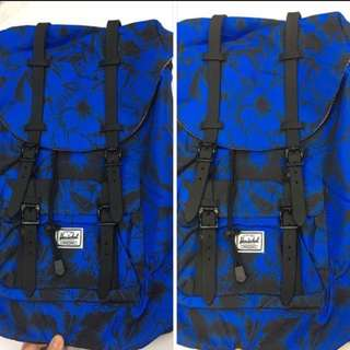 Sale!! Authentic Herschel Little America 23.5L Backpack (Blue Floral)