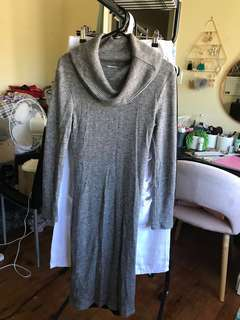 Size 8 long sleeve knit dress