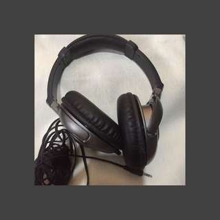 [Preloved] Elecom Headphones from Japan