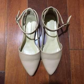 粉色尖頭鞋38號 fmshoes