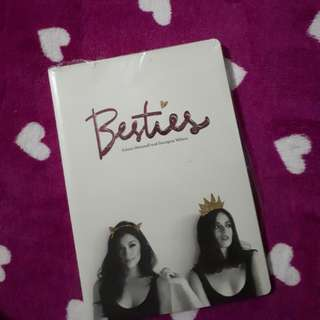 BESTIES by Solenn & Georgina