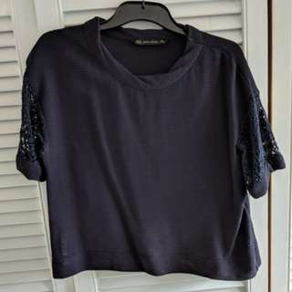 Zara navy top with lace sleeves sM