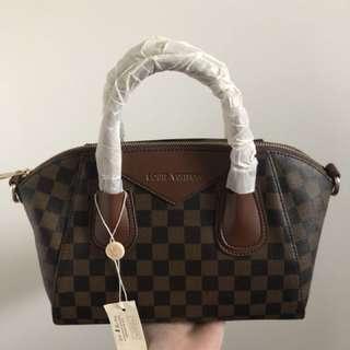 Louis Vuitton Damier top Handel (authentic)