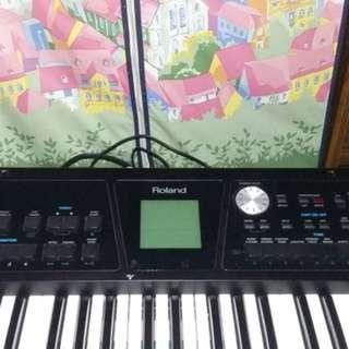 🚚 電子鋼琴