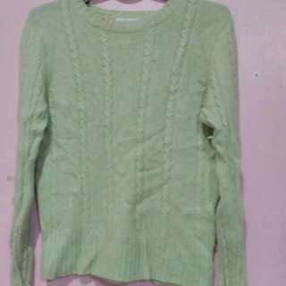 Pre-loved knitted sweater