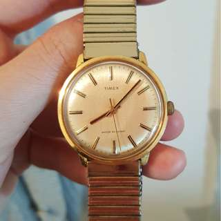 Gold sunburst dial Vintage Timex manual winding, runs well, gold toned