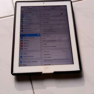 Ipad 2 32gb white, wifi and cellular
