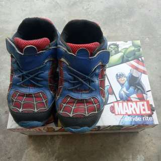 Stride shoes for boys (spiderman)