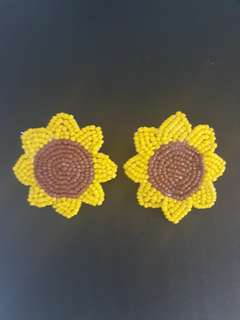 Sunflower beadwok earings