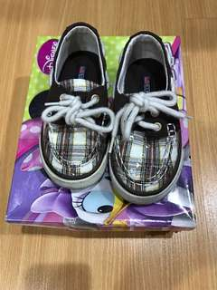Us polo kids shoes size 7
