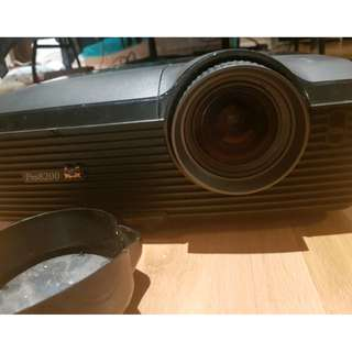 ViewSonic Pro 8200 1080p Projector