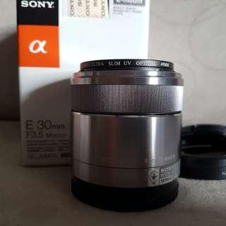 SEL30M35 Sony E 30mm F3.5 macro lens