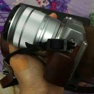 Mirrorless Fujifilm X-A3 Brown
