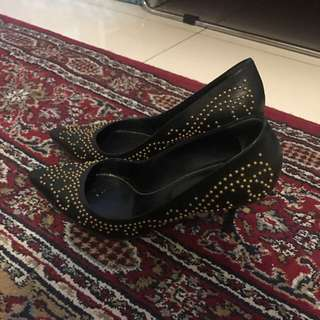 Sergio Rossi black studded leather size 6/37