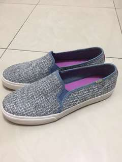 Sepatu Keds ori (double decker sequin knits) for sale