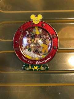 2015 迪士尼聖誕會員限量徽章 LE500