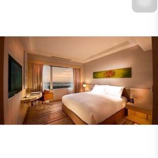 50% off voucher Hilton Hotel Double Tree @JB