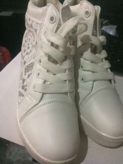 Korean White Shoes