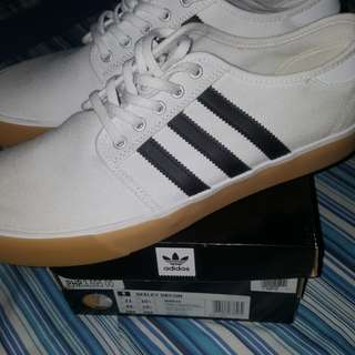Adidas Seeley Decon Size 11