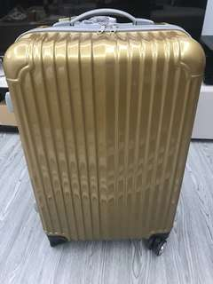 Gold luggage free travelling stickers