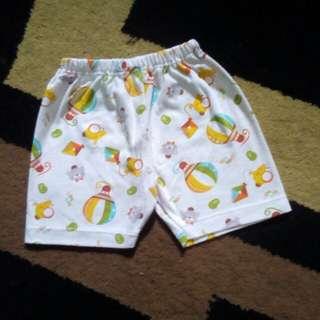 Libby celana