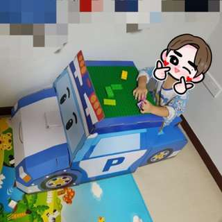 Robocar Poli desk and chair