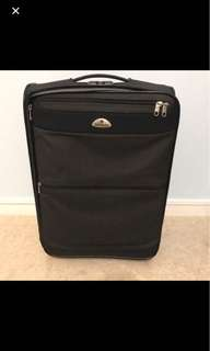 Samsonite Luggage cabin size