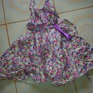 3 kid  floral  and  plain  dresses