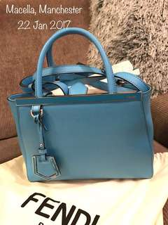 Fendi 2jours handbag in the colour Maldives