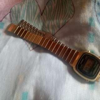 Casio Gold (LA 670W)