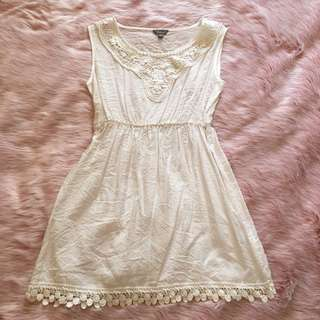 Size 8 white dress with lace detailing