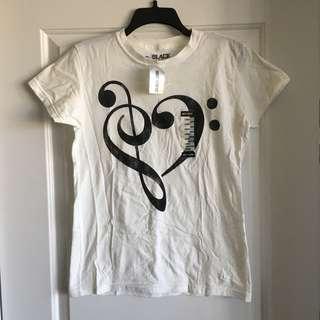 BNWT T-Shirt (L)