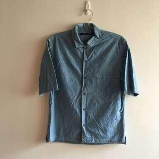 Uniqlo丹寧色襯衫