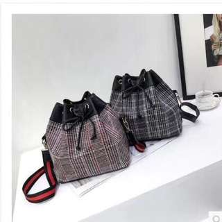 Preoder * 1 Bucket bag (2colour) 15/3. West included postage