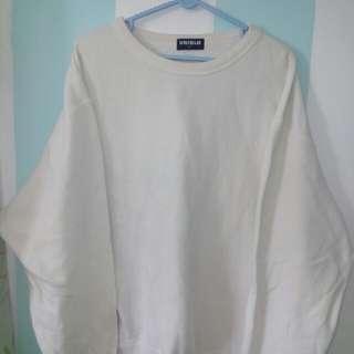 Sweater Uniqlo ori