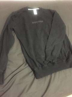 Sweater crewneck hitam