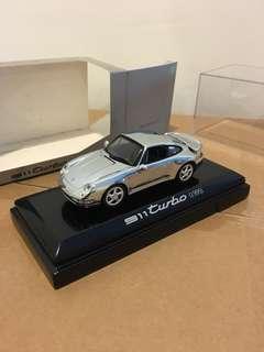 1/43 Porsche 911 Turbo (1995). Minichamps