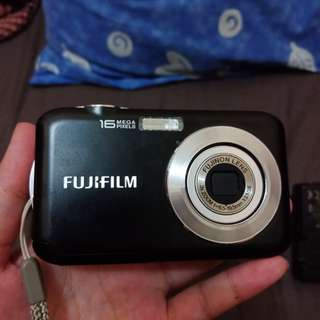 Kamera Digital Fujifilm Finepix JV250