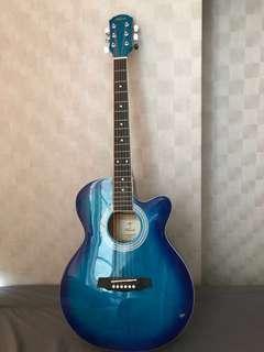 Acoustic Guitar mint condition 60sgd