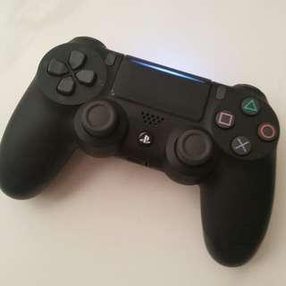 PS4 Black Controller V2